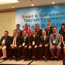 Buhalis in Taiwan2017 smart tourism