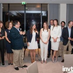 Buhalis-congratulating-Aveiro-team-INVTUR-2017