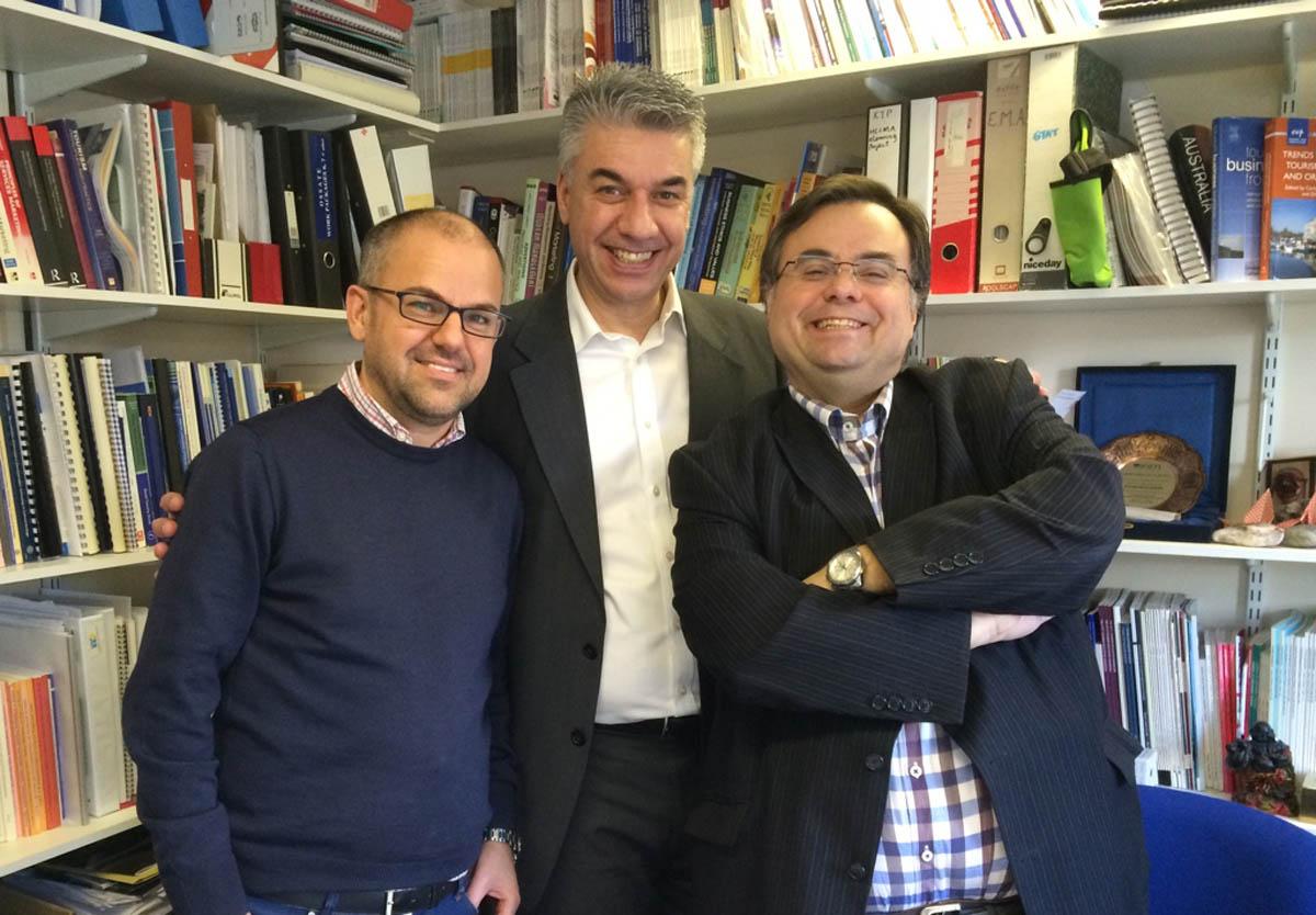 Buhais Fotis Moital